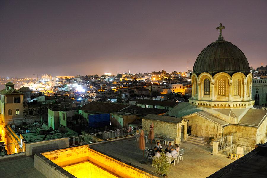 """Imposanter Blick auf die Altstadt Jerusalems vom Dach des Ecce Homo. (© Matthias Hinrichsen)"""""""