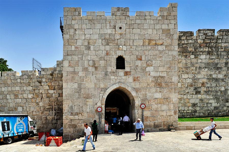 Herodestor in Ost-Jerusalem. (© Matthias Hinrichsen)