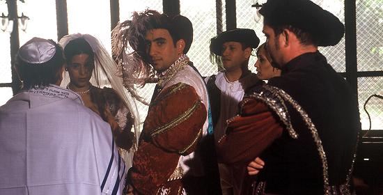 Die jüdische Hochzeit von Dona Gracia Nasi mit ihrem Mann findet im Geheimen statt. (Foto: ZDF/Uwe Dillenberg)