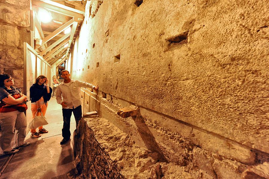 Der größte Stein im Klagemauer-Tunnel