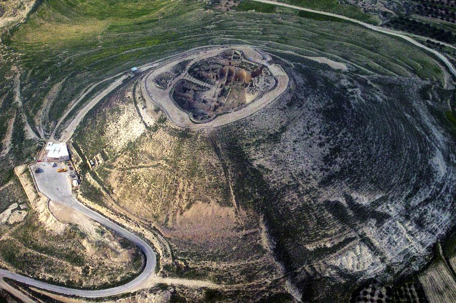 Die Kuppe des Herodiums hat einen Durchmesser von 63 Metern. (© Asaf T./Wikimedia Public Domain)