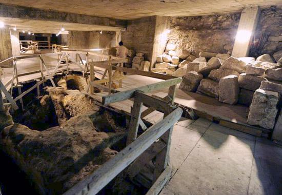 Tief unter dem Siebenberg Haus fanden sich Ritualbad und Aquädukt. (© Siebenberg House)