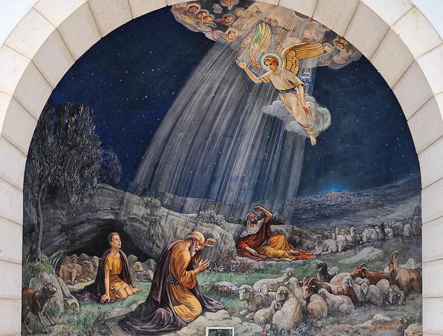 Die Kapelle ist im Inneren mit sehr schönen Gemälden in direkter Beziehung zum Ereignis dekoriert. (© Matthias Hinrichsen)
