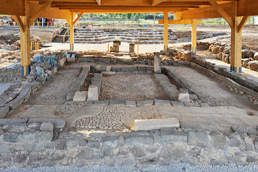 Eine Sensation für Archäologen und Religionsexperten war der Fund einer Synagoge in dieser Region aus Jesu Zeit. (© Matthias Hinrichsen)