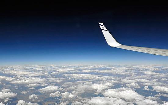 Dem Süden entgegen, mit der israelischen Fluggesellschaft El Al. (© IsraelMagazin/Matthias Hinrichsen)
