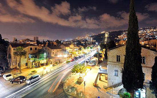 Die German Colony am Fuße der Bahaii-Gärten ist vorbildlich restauriert und eine Attraktion Haifas. (© IsraelMagazin/Matthias Hinrichsen)