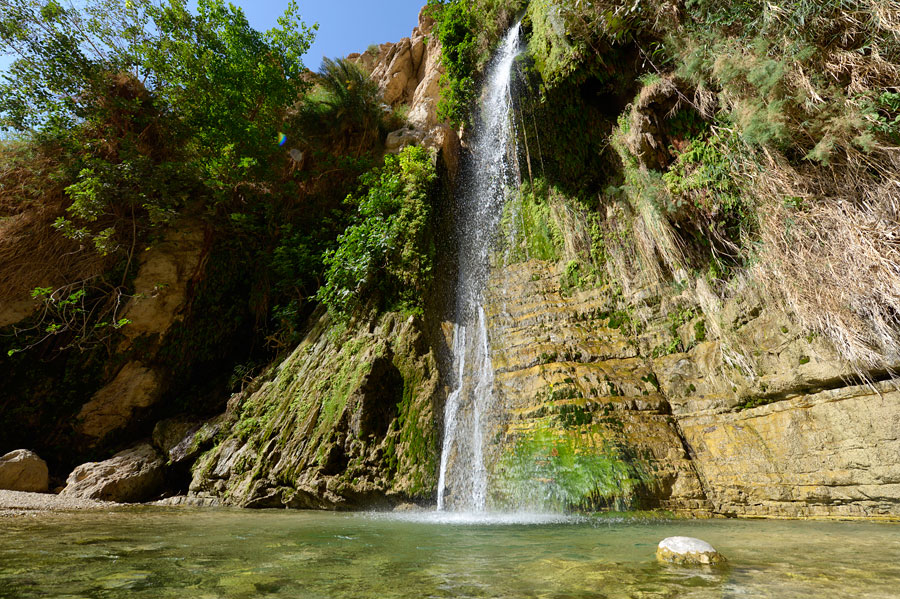Das Wadi David im En Gedi Naturreservat zählt mit seinen zahlreichen Wasserfällen zu den schönsten in ganz Israel. (© Matthias Hinrichsen)