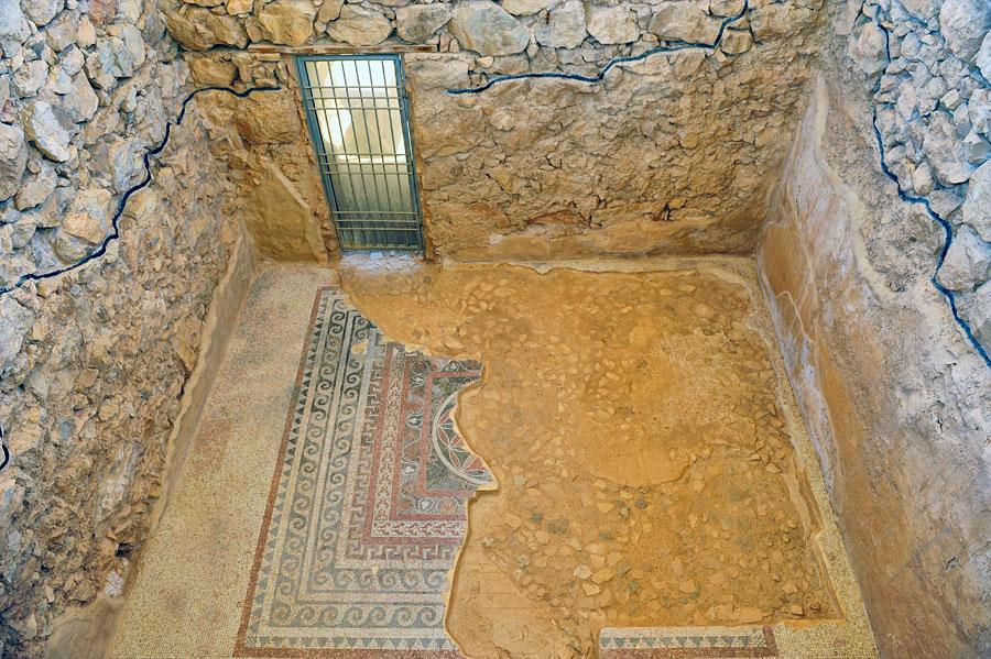 In den Wohn- und Baderäumen fanden die Archäologen die bekannten, kunstvollen römischen Mosaike. (© Matthias Hinrichsen)