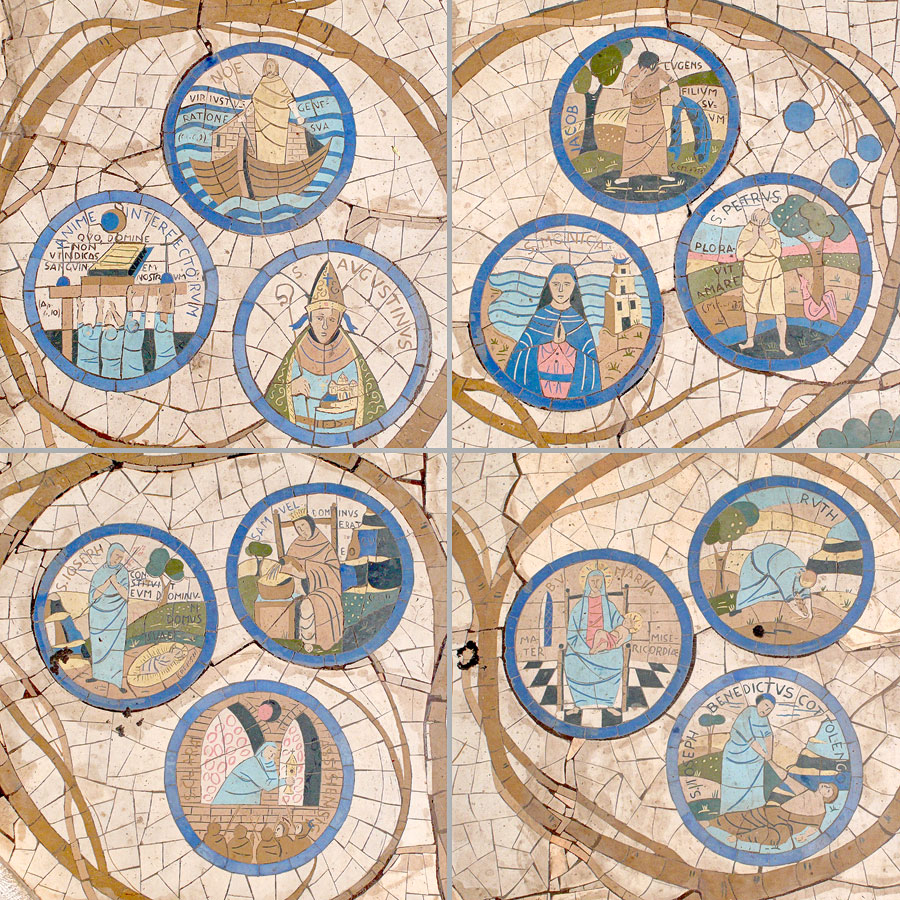 Biblische Figuren verzieren als Mosaike den Vorplatz zur Kirche der Seligpreisungen. (© Matthias Hinrichsen)
