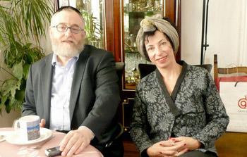 Oberrabbiner Paul Chaim Eisenberg mit Regisseurin Helene Maimann.