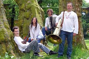 Das junge Ensemble. (Foto: HKB)