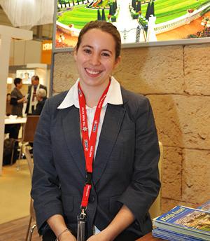 Die sympatische Lisa Dentz vertrat Haifa auf der ITB 2012 mit der angenehmen israelischen Freundlichkeit. (© Matthias Hinrichsen)