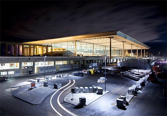 Bleibt bis mindestens 16. März 2013 geschlossen: der neue Flughafen Berlin Brandenburg BER. (© Dirk Laubner / Flughafen Berlin Brandenburg)