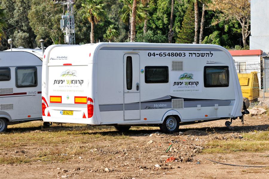 Inzwischen auch in Israel erhältlich. Wohnwagen zur Miete. (© Matthias Hinrichsen)
