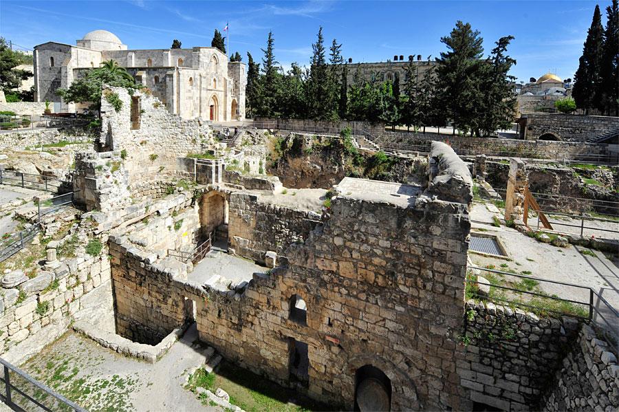 Der Teich Bethesda in Jerusalem. (© Matthias Hinrichsen)