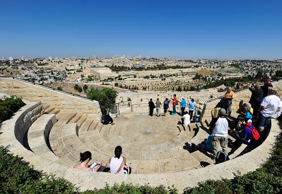 Die Aussichtsterrassen auf dem Ölberg gewähren ein Panoramablick auf Jerusalem. (© Matthias Hinrichsen)