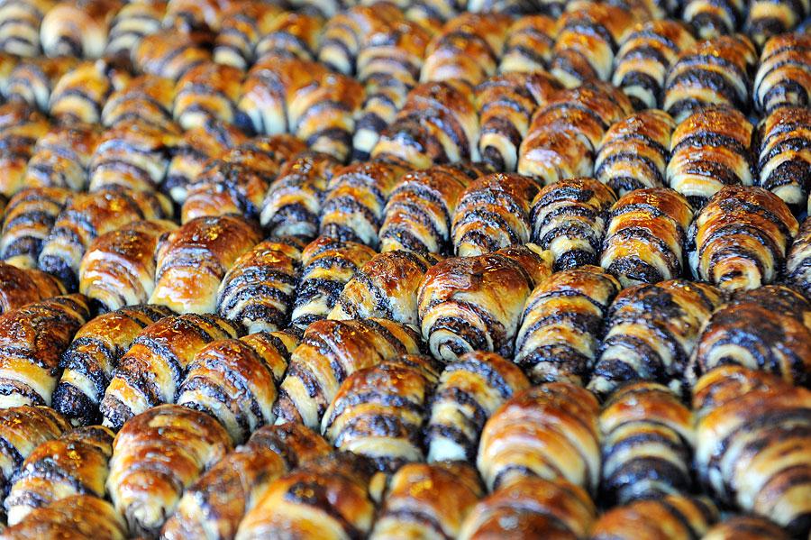 Frisch aus dem Ofen, braun gebrannt und noch richtig warm, zerschmelzen sie förmlich im Mund. (© Matthias Hinrichsen)