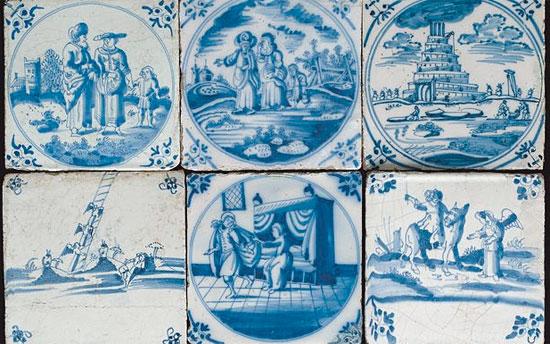 Original Delfter Kacheln aus dem 17. Jahrhundert werden im Tel Aviv Museum oft Art ausgestellt. (© Tel Aviv Museum)