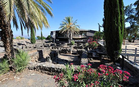 Die Überreste von Kapernaum lassen erahnen, wie das Fischerdorf zu Jesu Zeiten ausgesehen haben mag. (© IsraelMagazin/Matthias Hinrichsen)