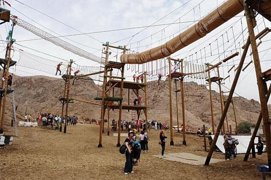 Ein El Dorado für Kletterfreunde: Der neue Seil- und Kletterpark in der Camel Ranch in Eilat. (© Rope Park Eilat)