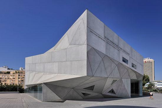 Im Tel Aviver Kunstmuseum findet in den verschiedenen Abteilungen des Hauses das 17. Piano Festival statt. (© Matthias Hinrichsen)