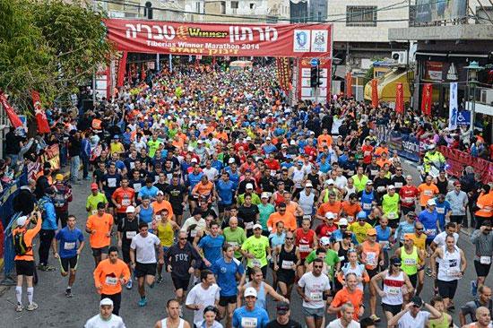 In Tiberias am See Genezareth startet bereits am kommenden Freitag die Marathonsaison in Israel. Die Sportler laufen bis zum Kibbutz En Gev und zurück nach Tbierias. (© IMOT)