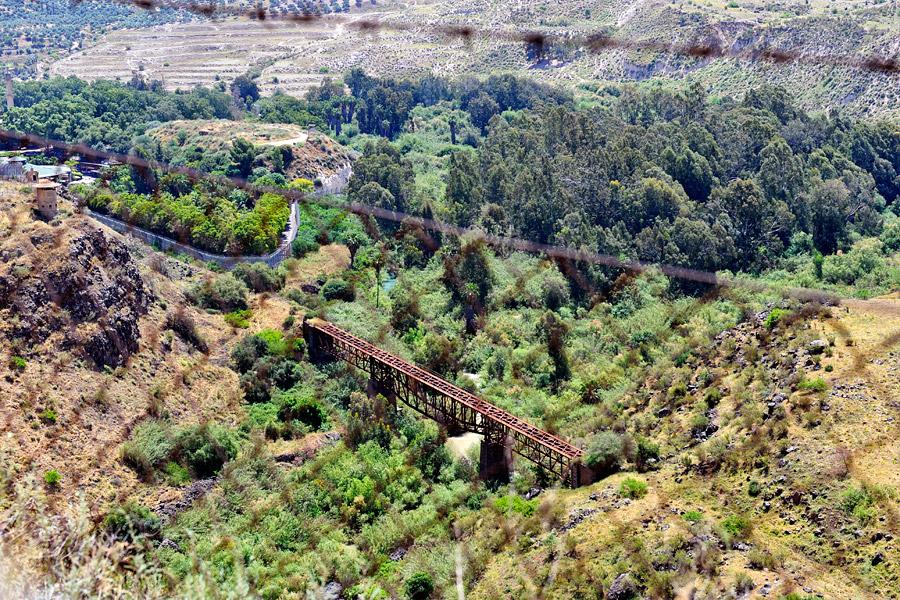 Eisenbahnbrücke in Jordanien, die nicht zerstört wurde.