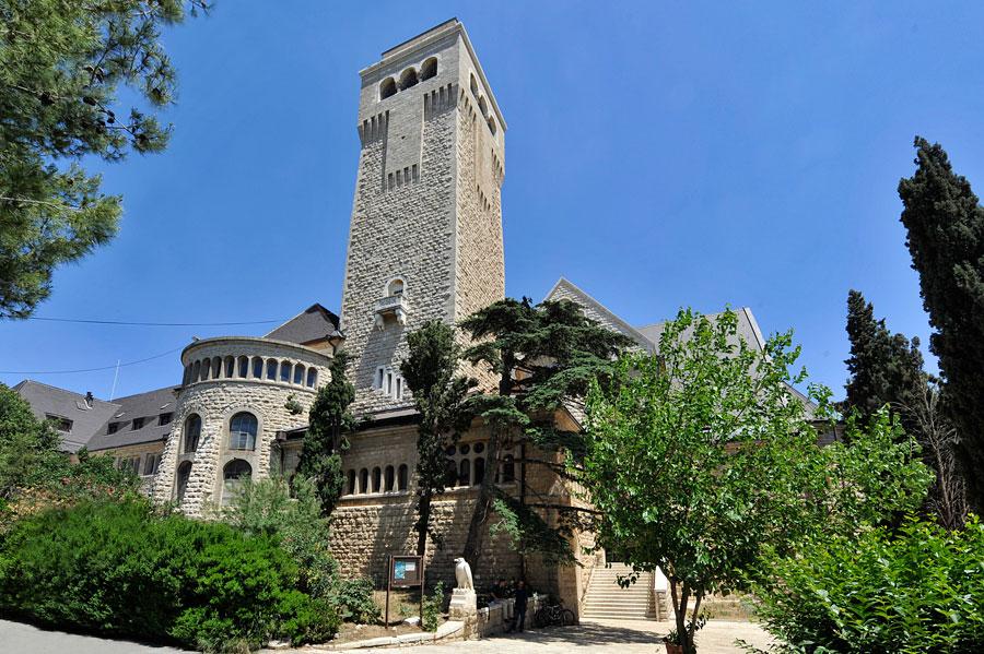 Himmelfahrtkirche in Jerusalem: Außenansicht. (© Matthias Hinrichsen)