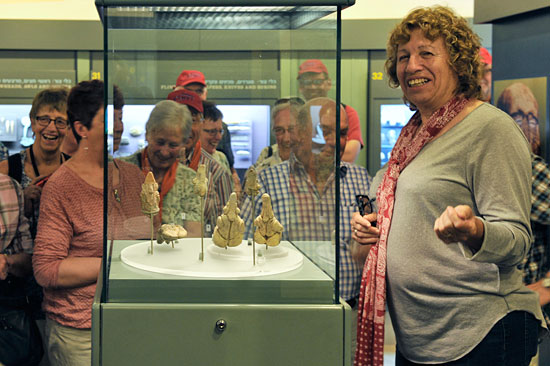 Auch einzelne Funde und die Fundgeschichte werden erklärt. (© Matthias Hinrichsen)