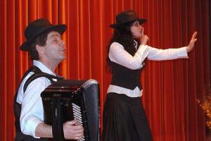 """""""Shoshana"""" spielt Klezmer und jiddische Lieder in Celle. (© Shoshana)"""