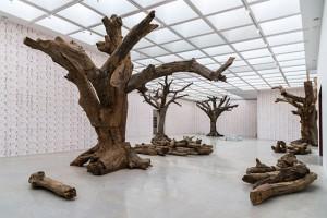 Baum-Installation von Ai Weiwei. (© Elie Posner/Israel Museum)