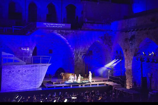 In spektakulärer Kulisse: das Opern Festival Akko. (© Akko)