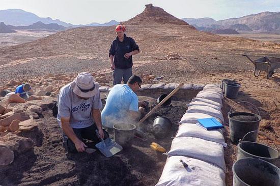 Die Ausgrabungsstelle im Timna Park. (© Clara Amit/IAA)