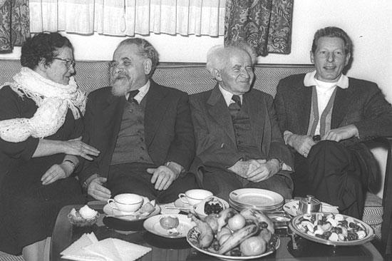 David Ben-Gurion mir seiner Frau Paula. (Foto: Moshe Pridan/GPO)
