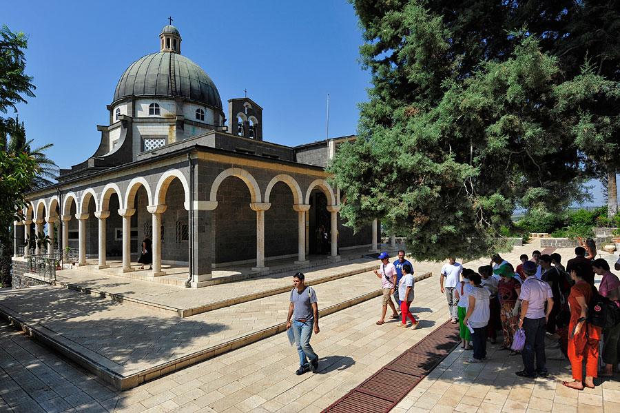 Die Kirche der Seligpreisungen ist bei christlichen Reisegruppen gerne besucht.
