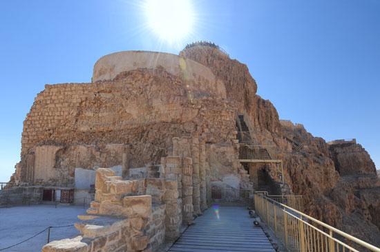 Der Palast des Herodes auf der Felsenfestung Masada. (© Matthias Hinrichsen)
