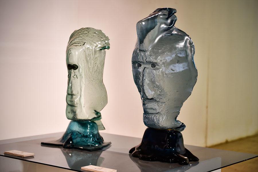 Gesichter-Skulpturen von Gideon Fridman. (© Matthias Hinrichsen)