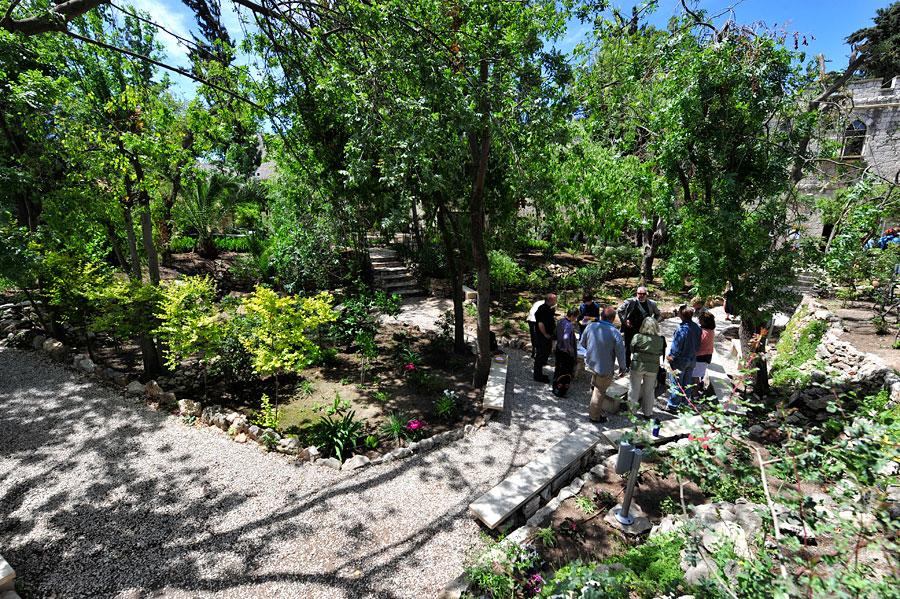 Das Gartengrab ist beliebt bei Pilgergruppen.