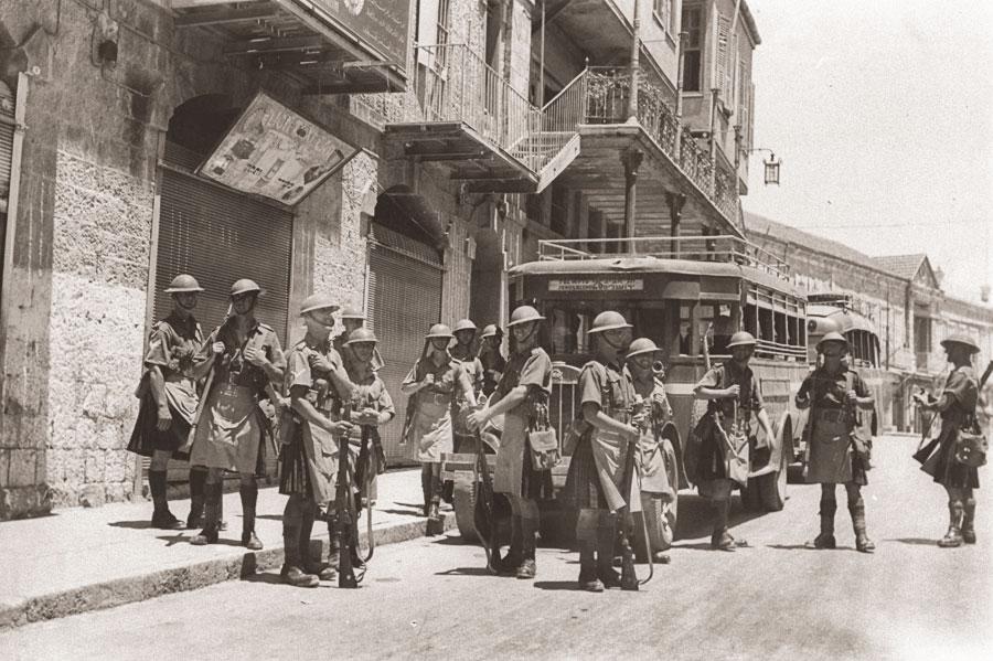 Britische Soldaten auf der Mamilla STraße 1936. (© Eric Matson/GPO)