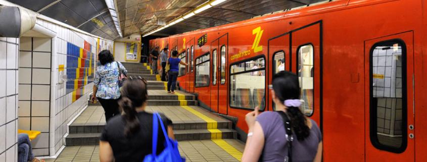 Die Carmelit U-Bahn in Haifa. (© Matthias Hinrichsen)