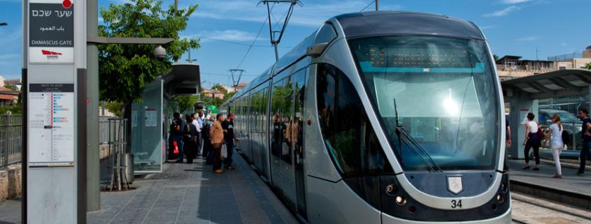 Die erste Straßenbahn Israels wurde in Jerusalem in Betrieb genommen. (© Matthias Hinrichsen)