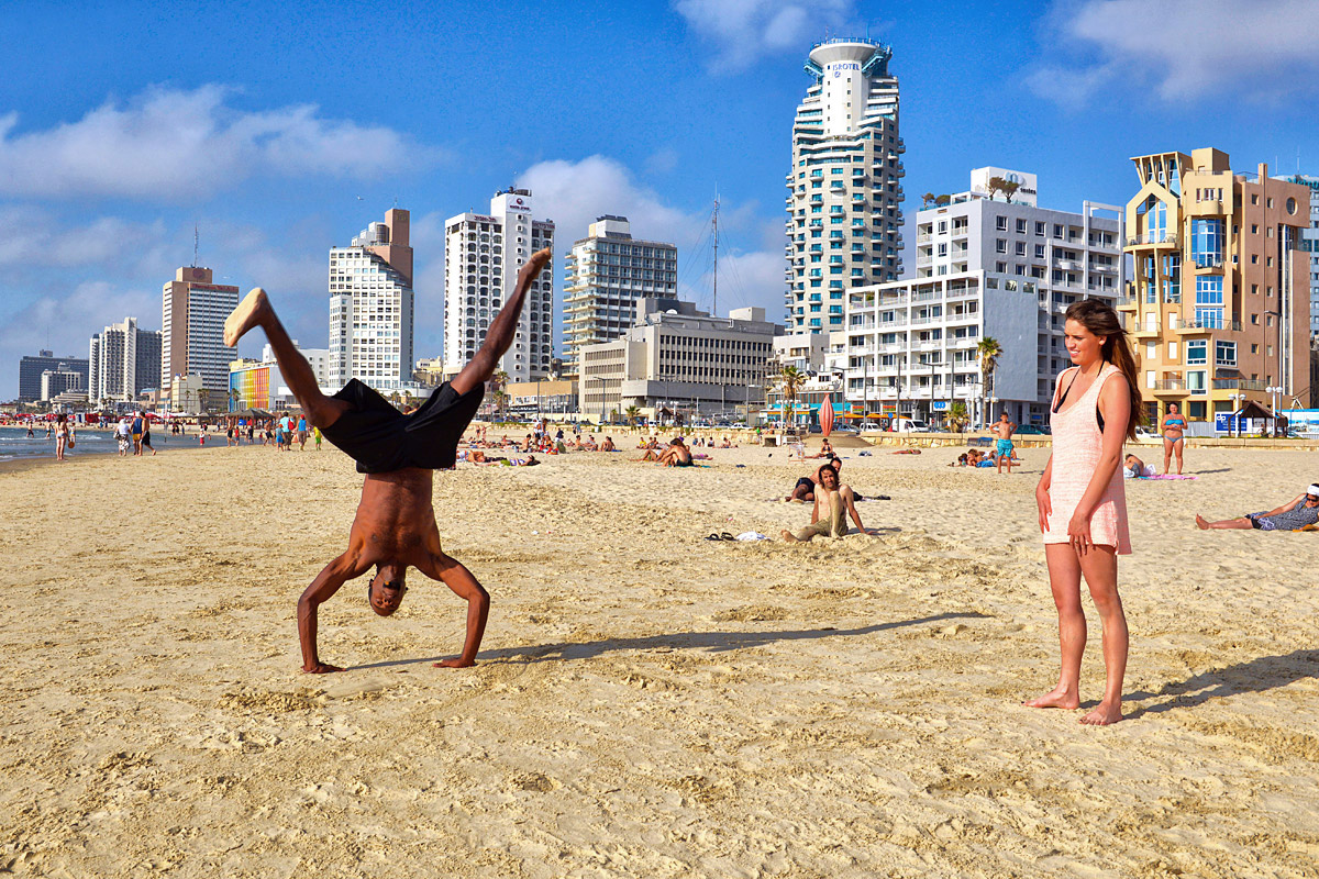 Private Artistik am Strand von Tel Aviv.