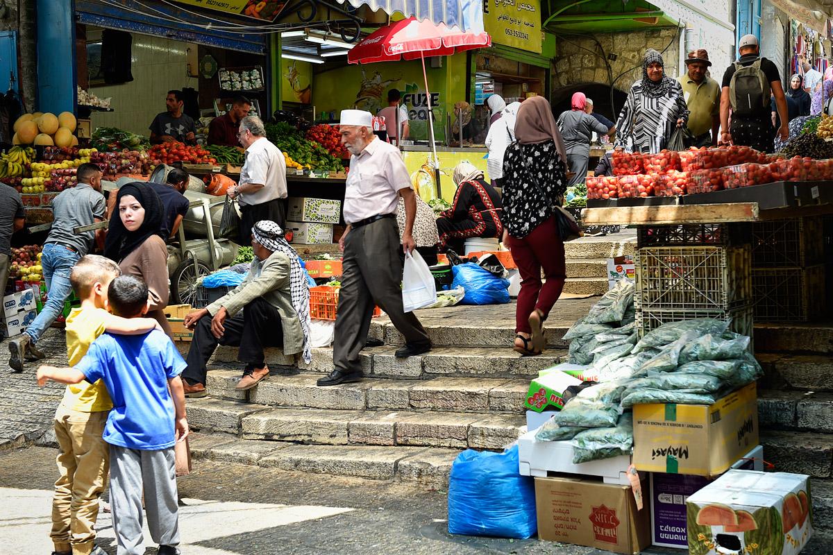 Frisches Obst und Gemüse in der muslimischen Altstadt Jerusalems