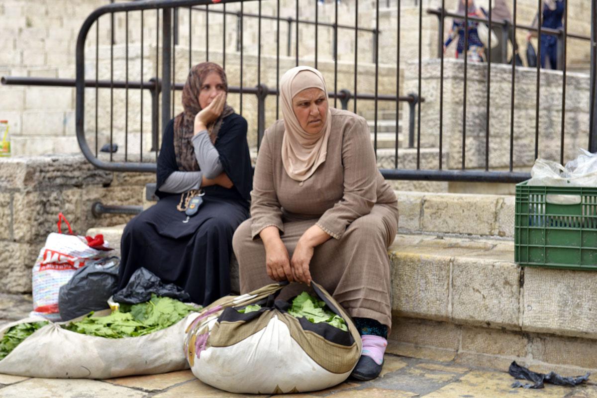 Frische Weinblätter vor dem Damaskustor