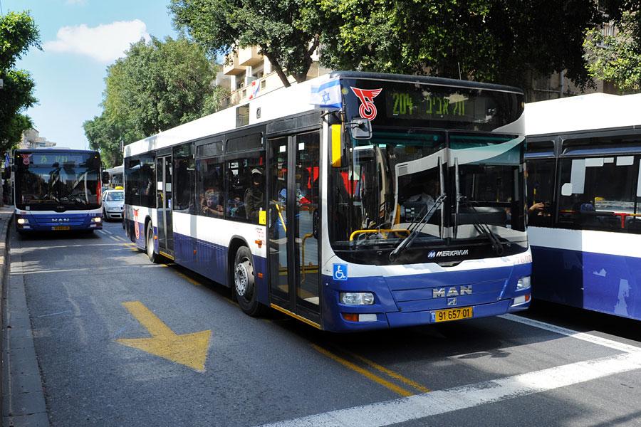 Diesel-Busse in Tel Aviv tragen erheblich zur Luftverschmutzung bei.