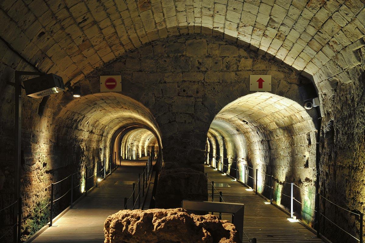 Dieser Tunnel verband die Kreuzfahrerfestung mit den Außenmauern auf der Mittelmeerseite.