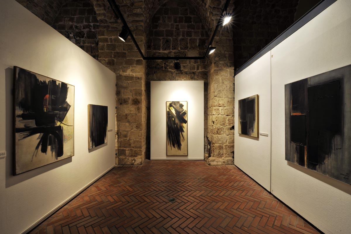Werke des israelischen Künstlers Avshalom Okashi in Akko.