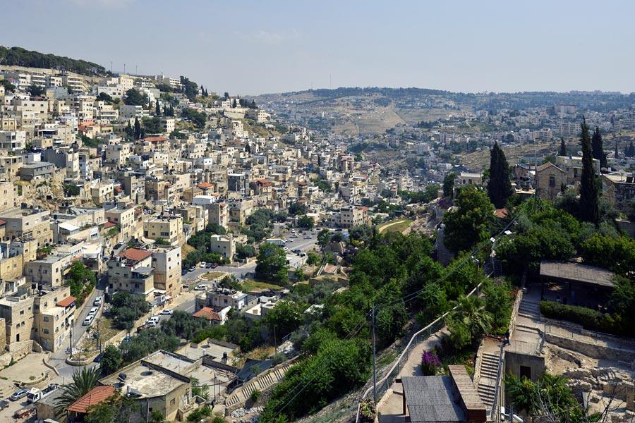 Kidrontal führt aus Jerusalem in Richtung Totes Meer
